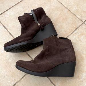 Crocs heeled booties 8